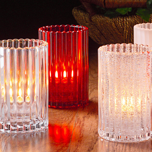 Candles Creates Soft Ambiance to Restaurants!